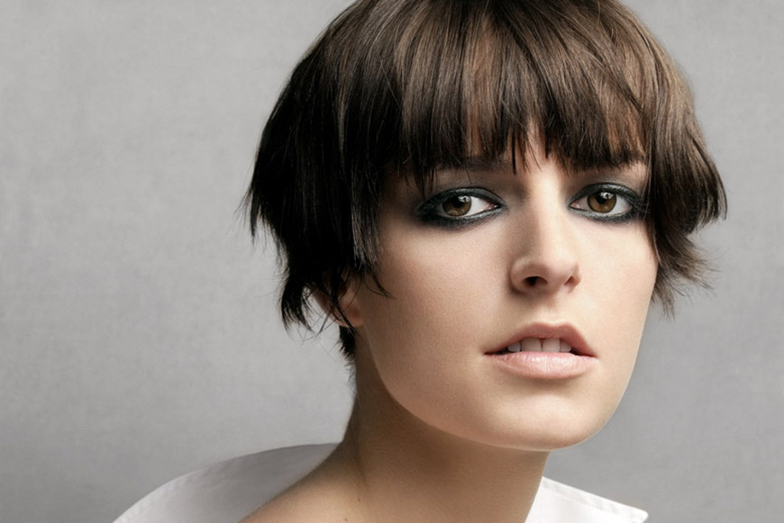 famous_hairstyles_with_bangs-jacquetta_wheeler