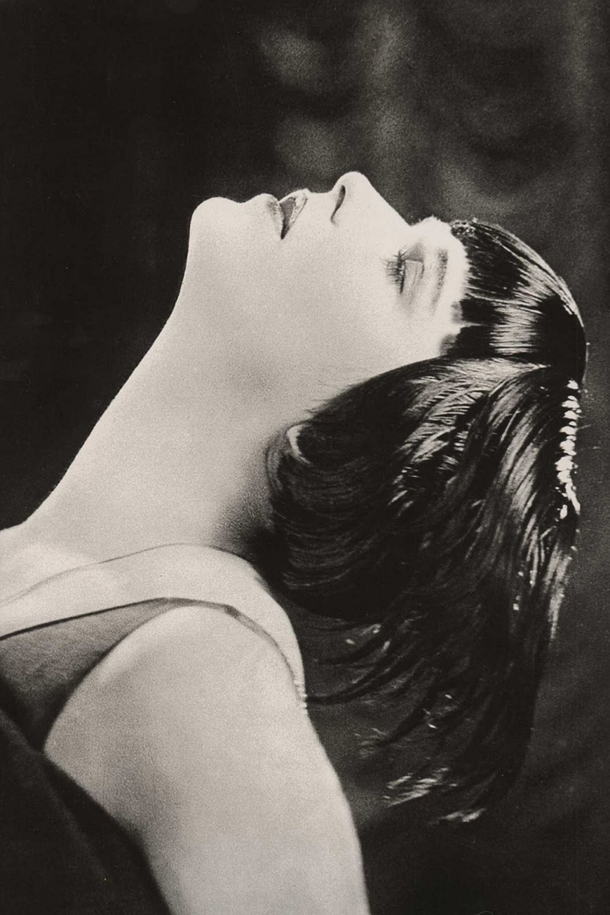 famous_hairstyles_with_bangs-louise_brooks
