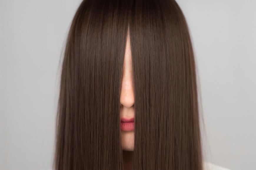 Glossing beim Friseur: Das Glanz- und Color-Treatment das Du lieben wirst!