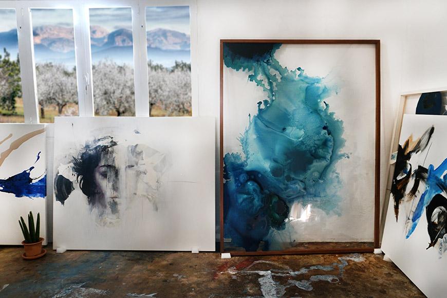 Isabelle Fournet at her studio | Silke von Rolbiezki Salon